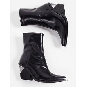 Jeffrey Campbell Walton 3 booties